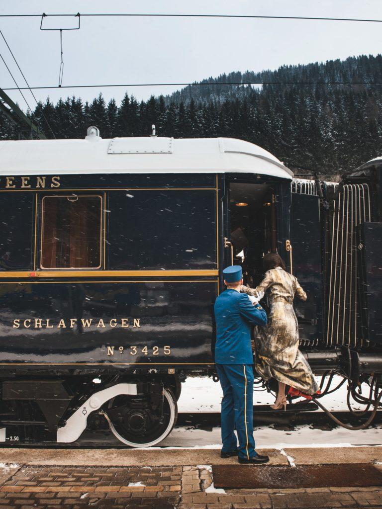 wsiąść do pociągu